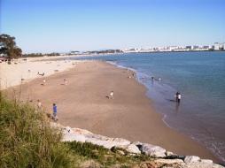 Playa de La puntilla. Pto. Santa Maria. Andalucia. Es apreciable la diferencia de la marea del dia 19 de Marzo