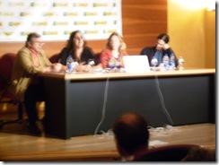 Miembros de Democracia real en el acto moderado por el presidente del Ateneo de Jerez
